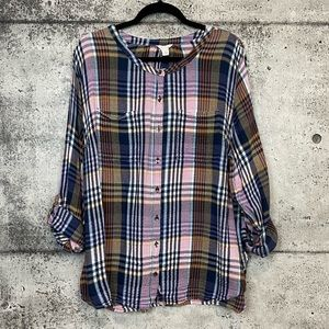 Nordstrom // Caslon // Plaid Button Down Top